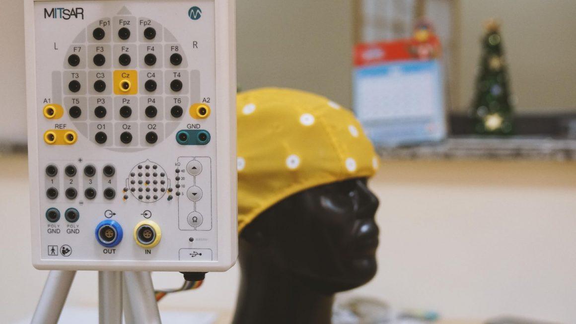 EEG Biofeedback (neurofeedback)